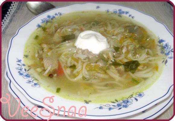 kurinyj-sup-s-lapshoj-recept-s-foto-2