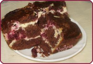 shokoladnyj-brauni-s-tvorogom-i-vishnej-1