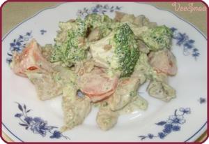 teplyj-salat-s-kurinoj-grudkoj-1
