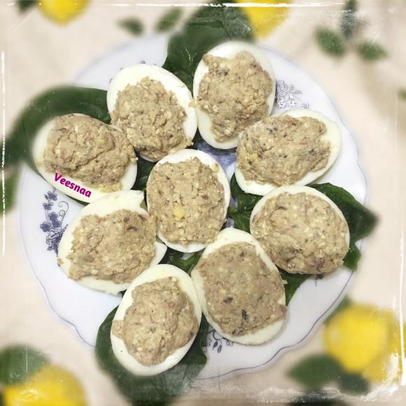 jajca-farshirovannye-skumbriej-recept-3