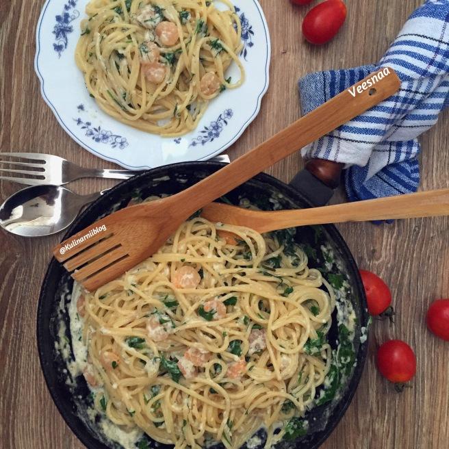 krevetki-v-slivochnom-souse-so-spagetti-2