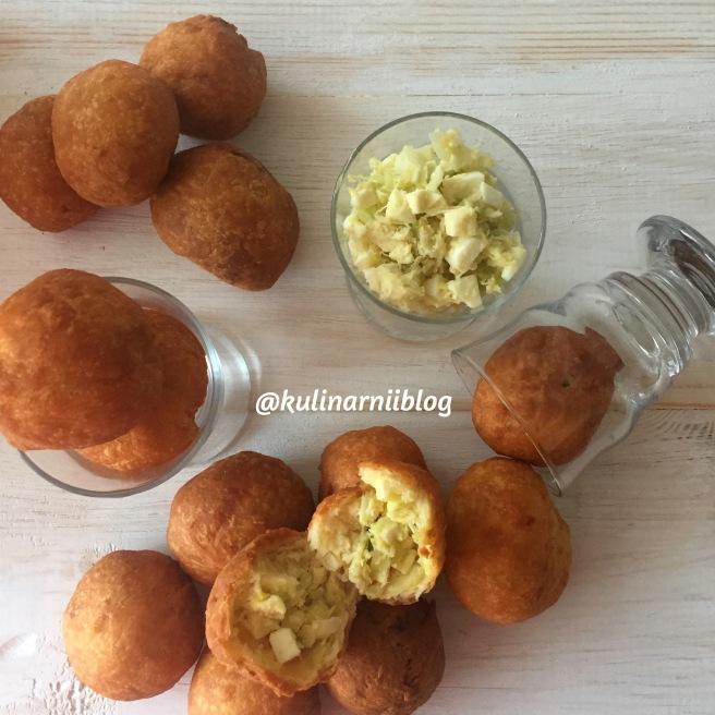 recept-zharenyh-pirozhkov-s-kapustoj-i-jajcom-4