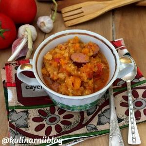 chechevichnyj-sup-pjure-po-turecki-1