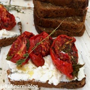 vjalenye-pomidory-v-duhovke-s-konvekciej-1