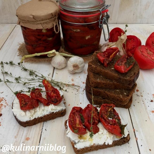 vjalenye-pomidory-v-duhovke-s-konvekciej-2