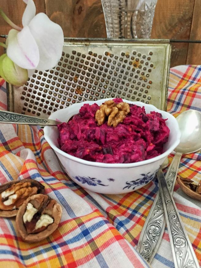 cvekolnyj-salat-s-orehami-3