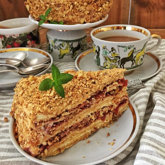 tort-medovik-na-skovorode-4