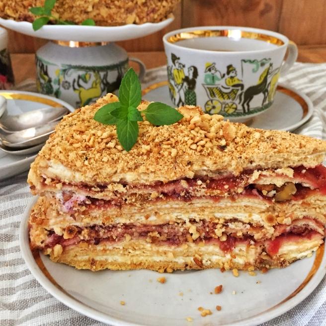 tort-medovik-na-skovorode-6