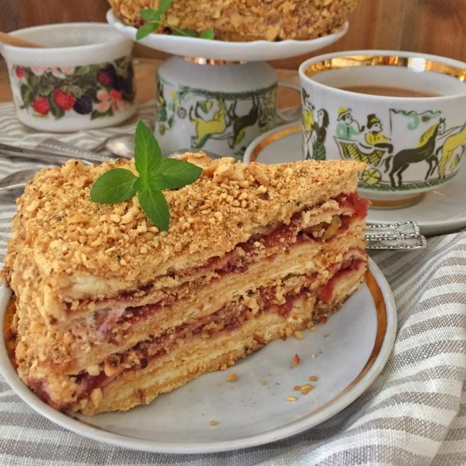 tort-medovik-na-skovorode-8